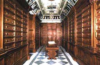 La Biblioteca della Badia di Cava de' Tirreni